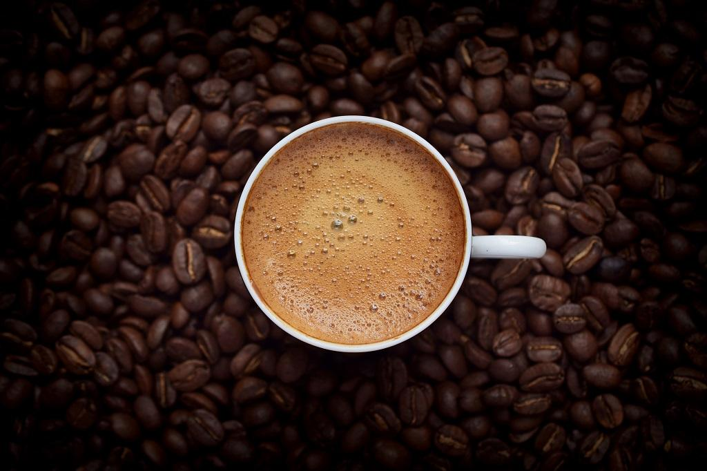 Exquisite Coffee Recipes to save Money while having the same Taste as Starbucks